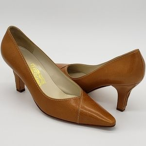 Salvatore Ferragamo Heels Made in Italy Sz 9.5 B